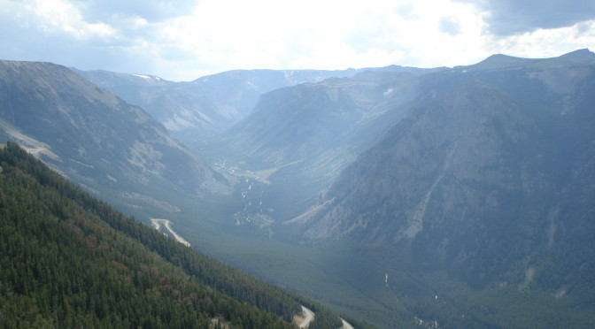 View of mountains and valley from Beartooth Pass